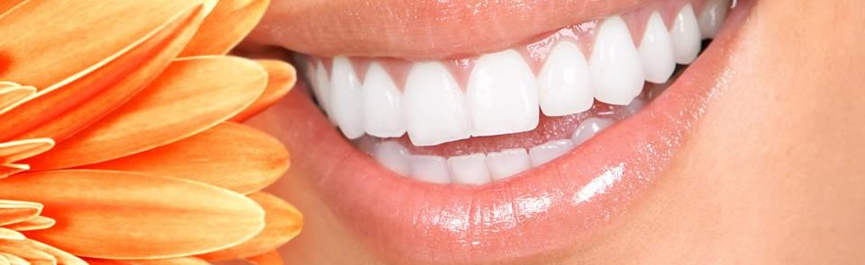 NO LO DEJES PASAR: higiene dental, diagnóstico y blanqueamiento por 160€