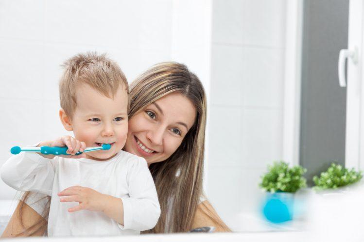 cepillado dental niños
